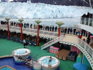 55F - courageous passengers in the hot tubs